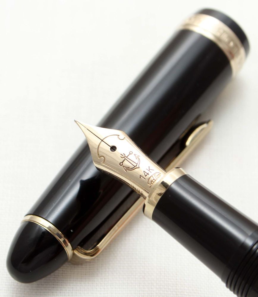 9516 Sailor 1911 Fountain Pen in Classic Black. Smooth Extra Fine FIVE STAR