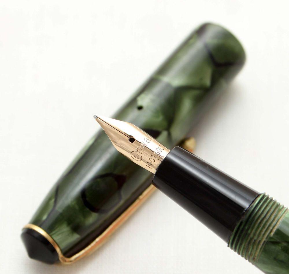 9580 Conway Stewart No.15 in Green Marble,  Medium Nib.