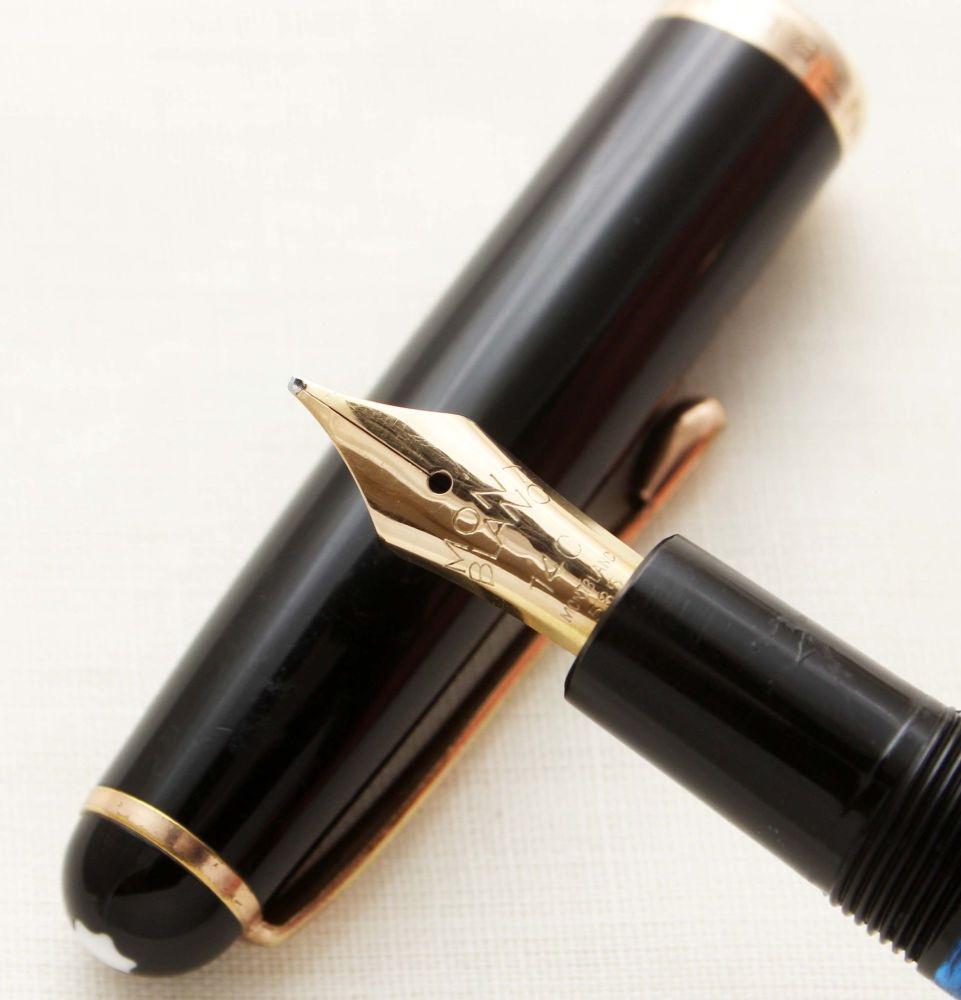 9591 Montblanc No.344 Piston filling Fountain Pen in Classic Black. Medium