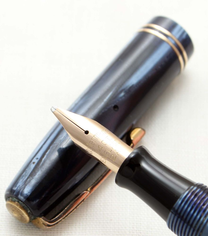 9600 Watermans 512V Fountain Pen in Blue Marble. Smooth Broad Italic FIVE S