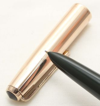 9620. Parker 51 Aerometric in Forest Green with a Rolled Gold Cap, Smooth Medium FIVE STAR Nib.