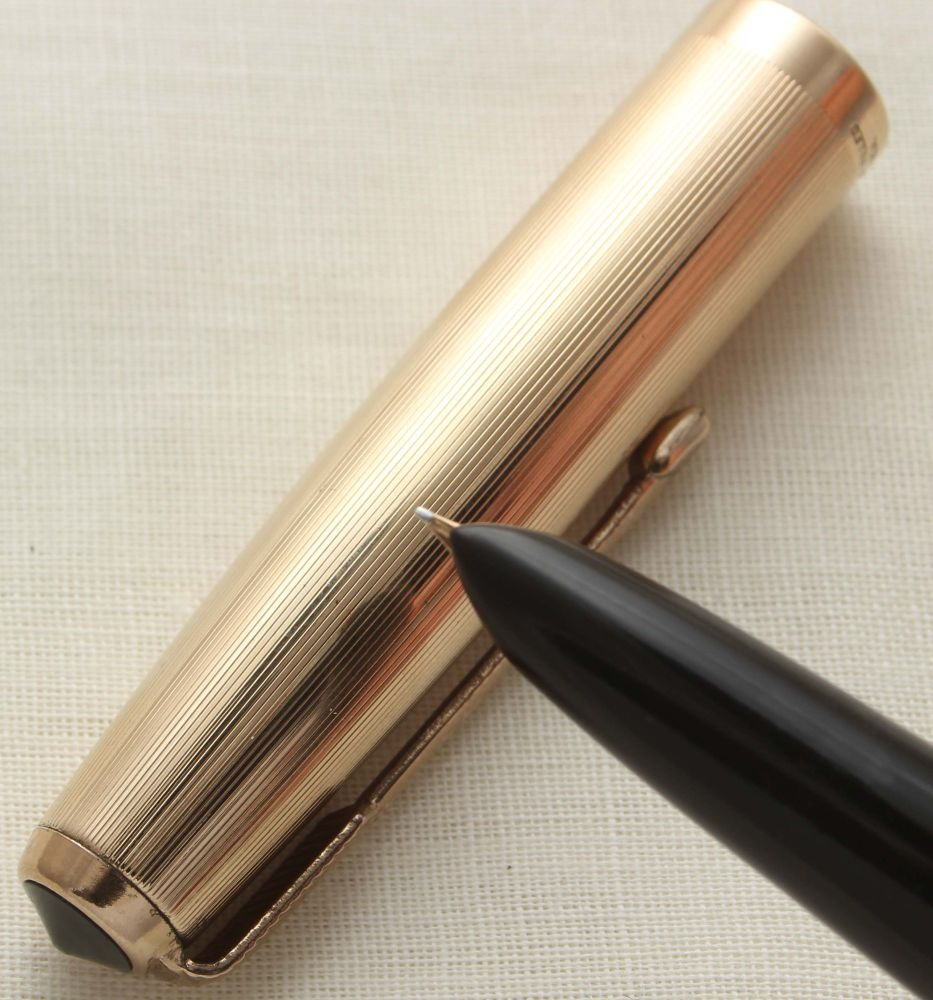 9628 Parker 51 Aerometric in Black with a Rolled Gold Cap. Smooth Extra Fin