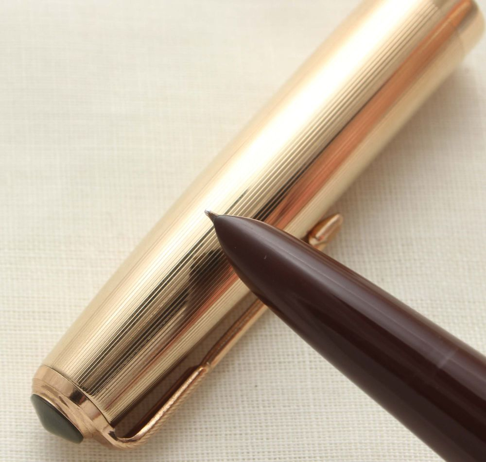 9640 Parker 51 Blue diamond Vacumatic in Cordovan Brown with a Rolled Gold