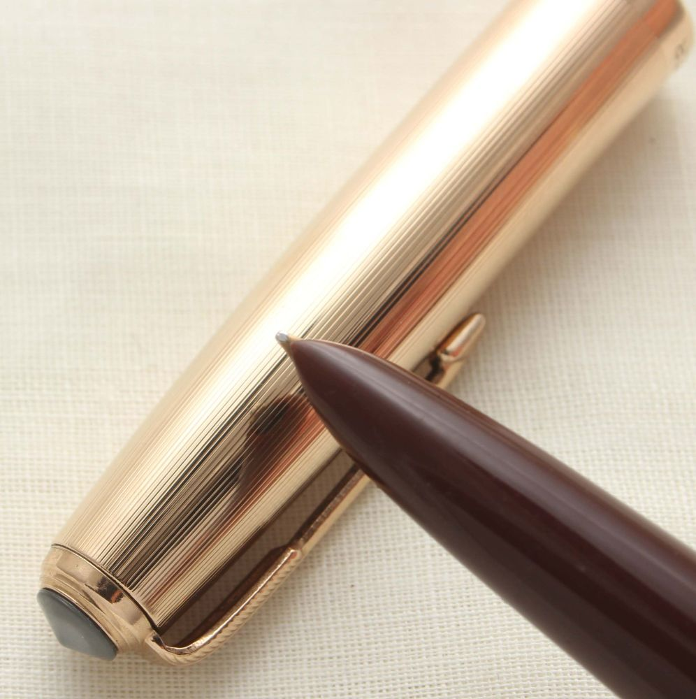 9642 Parker 51 Blue Diamond Vacumatic in Cordovan Brown with a Rolled Gold
