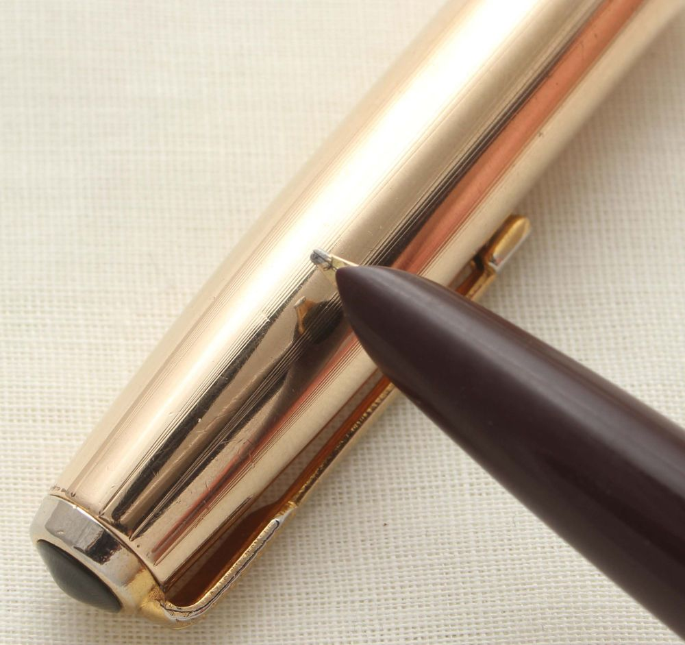 9643 Parker 51 Aerometric in Dark Burgundy with a Rolled Gold Cap, Smooth B