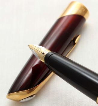 9676 Parker Ellipse Fountain Pen in Red Lacquer. Broad Nib.