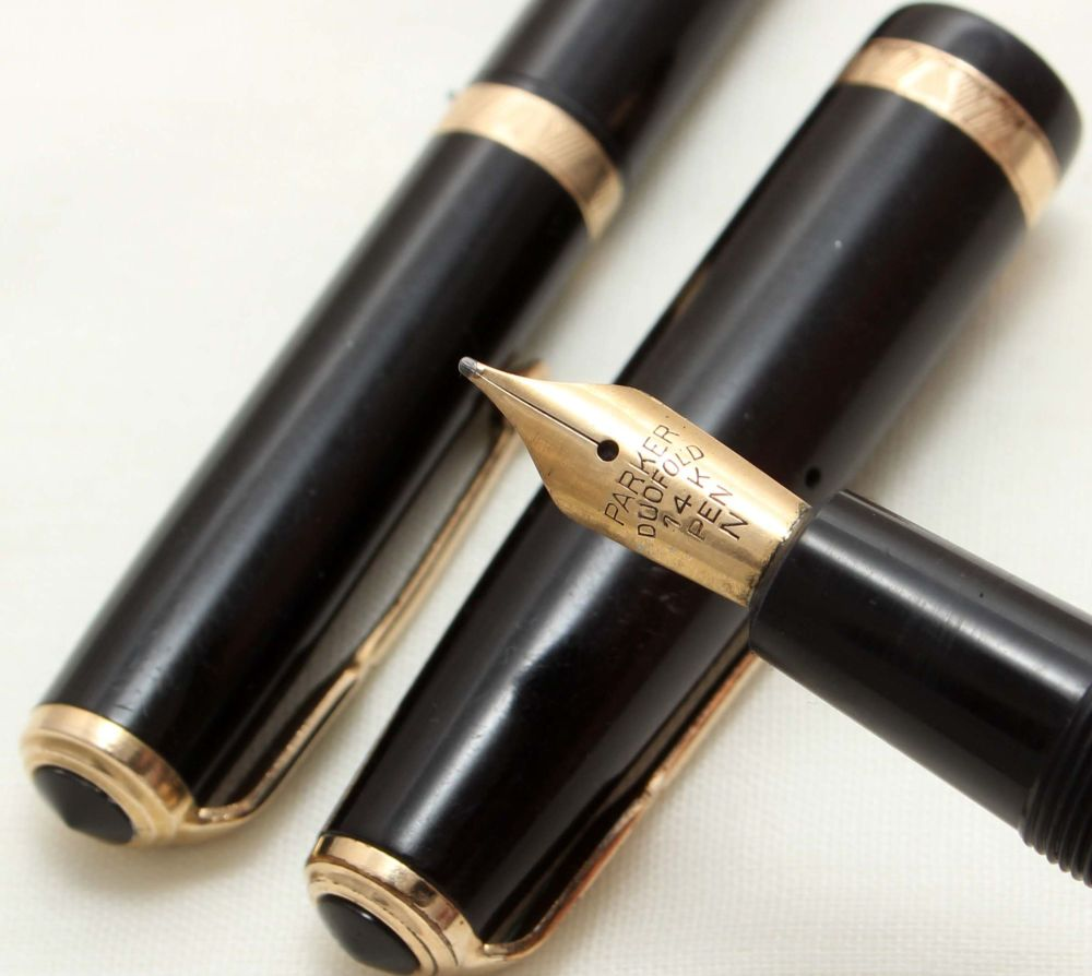 9684 Parker Duofold Fountain Pen and Pencil Set in Black, c1965. Smooth Med