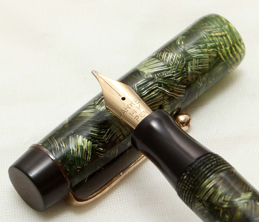 9703 Parker Victory Mk I in Lined Green Marble, c1935. Smooth Medium FIVE S