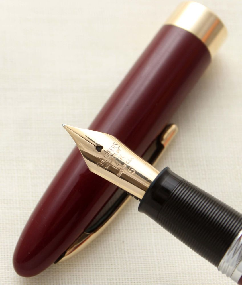 9706 Sheaffer Admiral Snorkel Fountain Pen in Burgundy, c1952, Smooth Fine