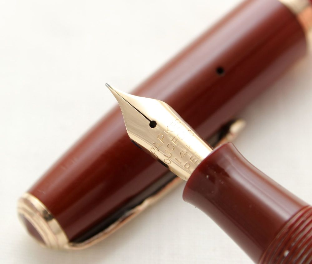 9770 Parker Duofold AF Button Filler in Coral Brown. Made by Christian Olse