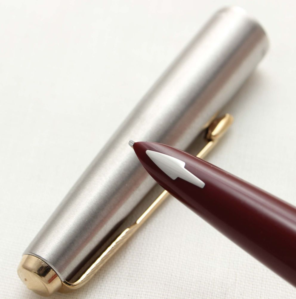 9776 Parker 61 Flighter. Smooth Broad side of Medium FIVE STAR Nib. Mint co