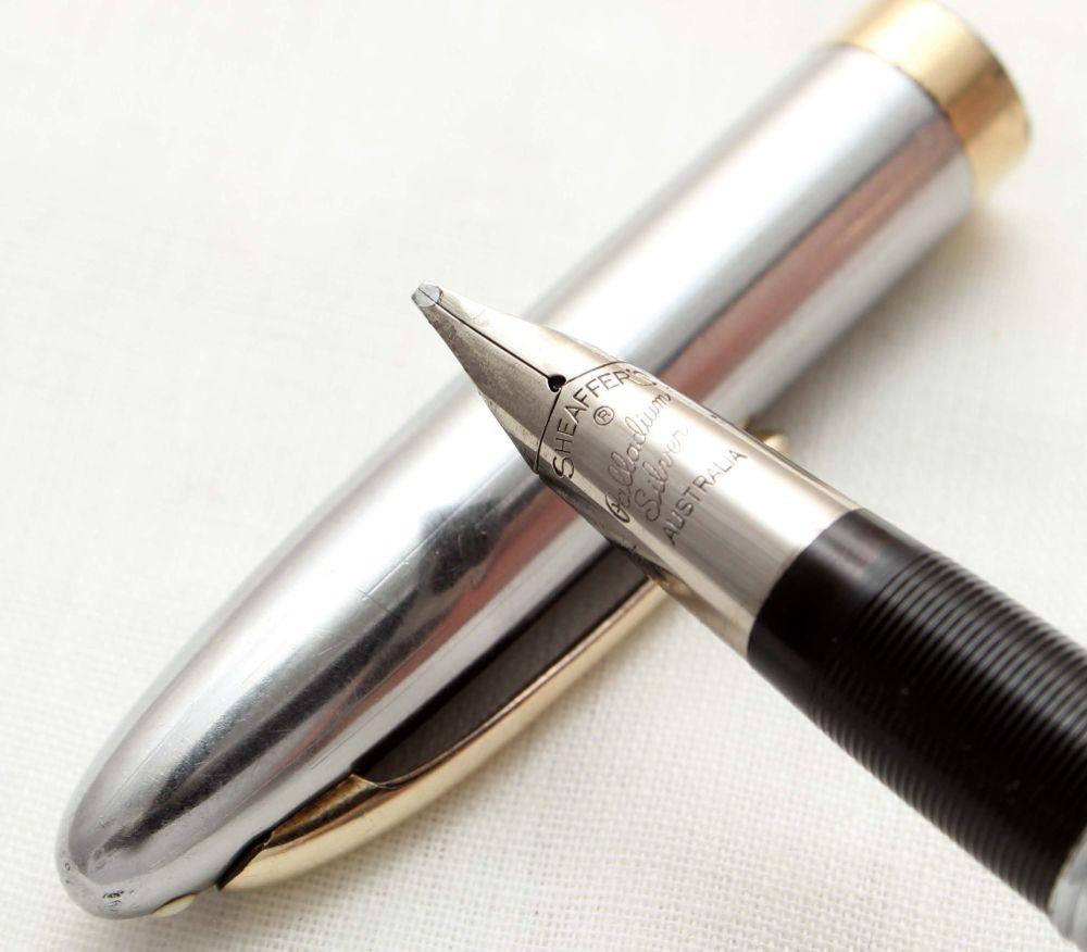 9793 Sheaffer Sentinel Snorkel Fountain Pen in Grey, c1952, Smooth Medium I