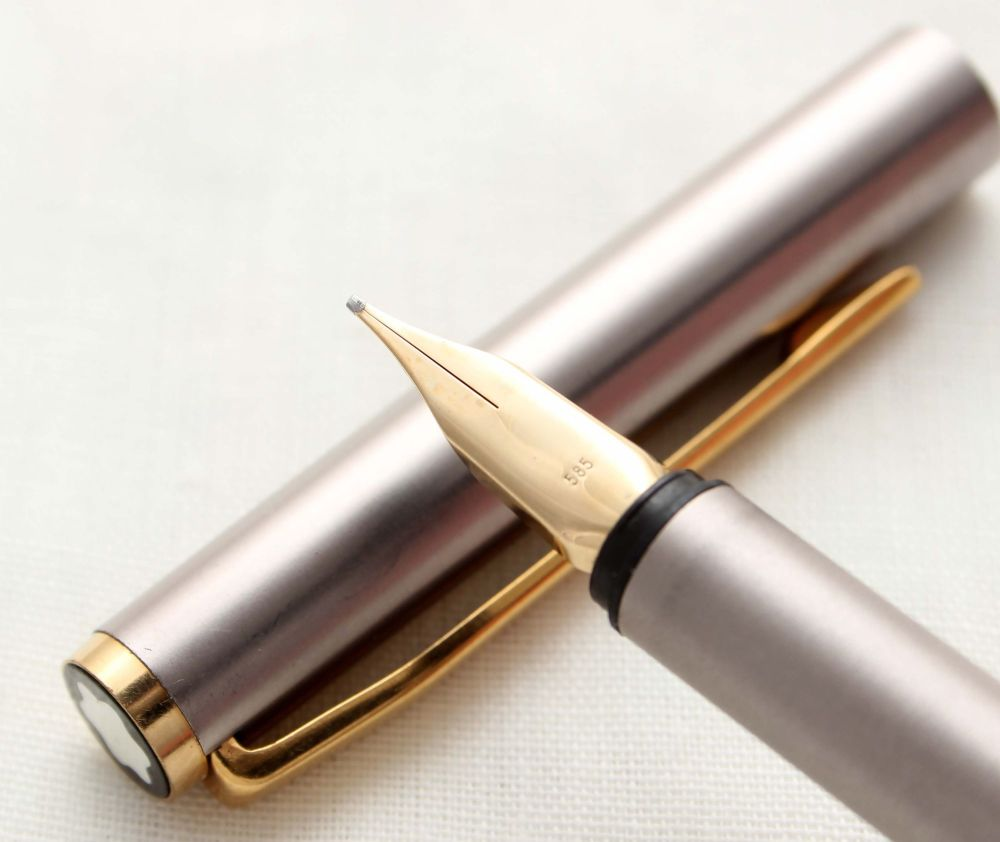 9796 Montblanc Noblesse Fountain Pen in Brushed Steel, Medium Italic FIVE S