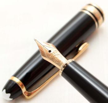 9876 Montblanc Classic Fountain Pen in Black Precious Resin. Medium FIVE STAR Nib.