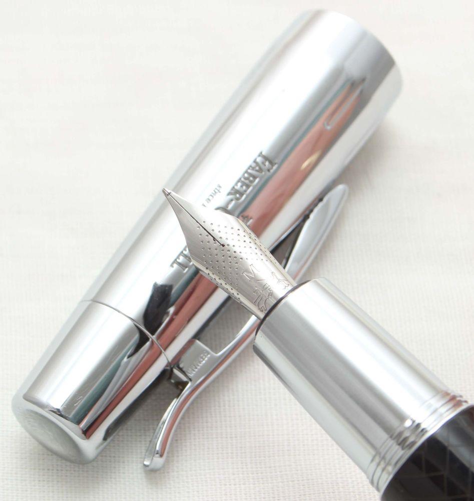9926. Faber Castell E-Motion Fountain Pen in Parquet Black. Smooth Medium F