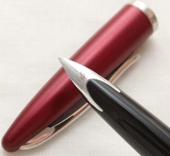 9973 Watermans Carene Fountain Pen in Copper with Chrome trim. Smooth Medium FIVE STAR Nib.