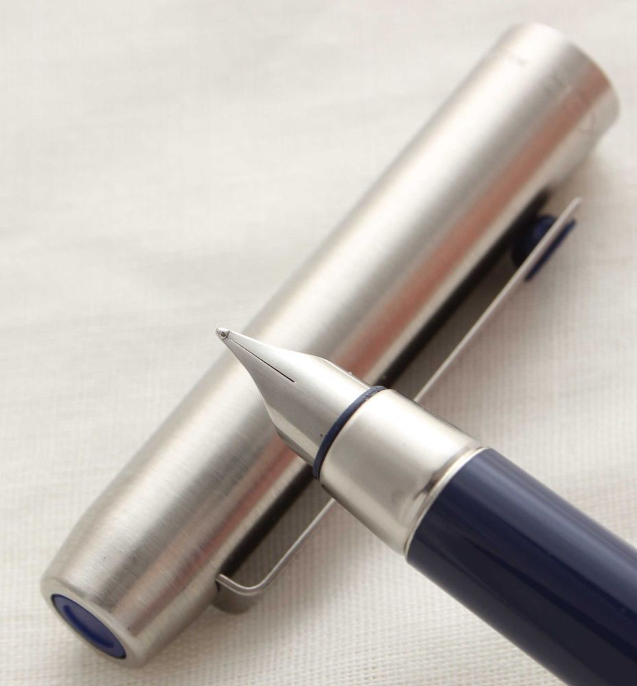 3011 Parker 25 Fountain Pen in Brushed Stainless Steel, Blue Trim. Fine sid