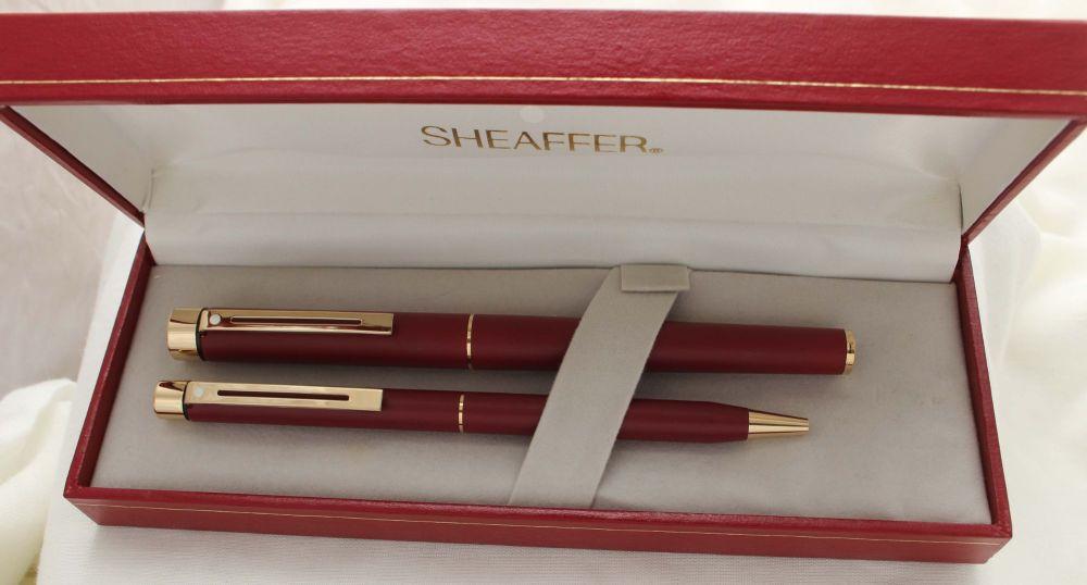 3049 Sheaffer Targa Fountain Pen and Ball Pen Set in Matte Burgundy. Extra