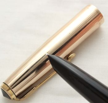 3066 Parker 51 Aerometric in Black with a Rolled Gold Cap. Smooth Medium FIVE STAR NIb.
