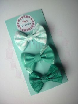 Teal hair bow set
