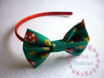 Hedgehog/toadstool woodland bow hairband