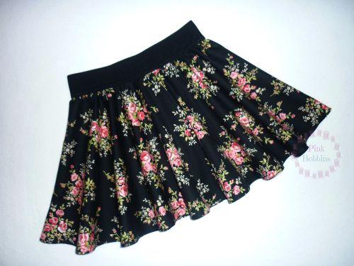 Black floral circle skrt