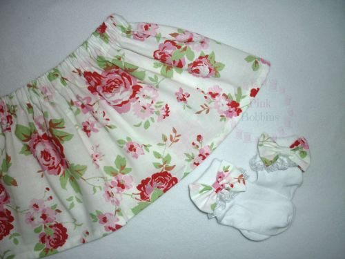 Floral bow socks