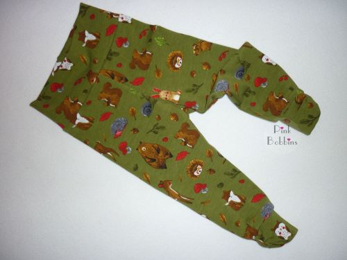 Woodland leggings with bow cuffs
