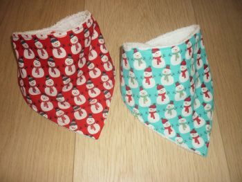 Snowman dribble bib (red)