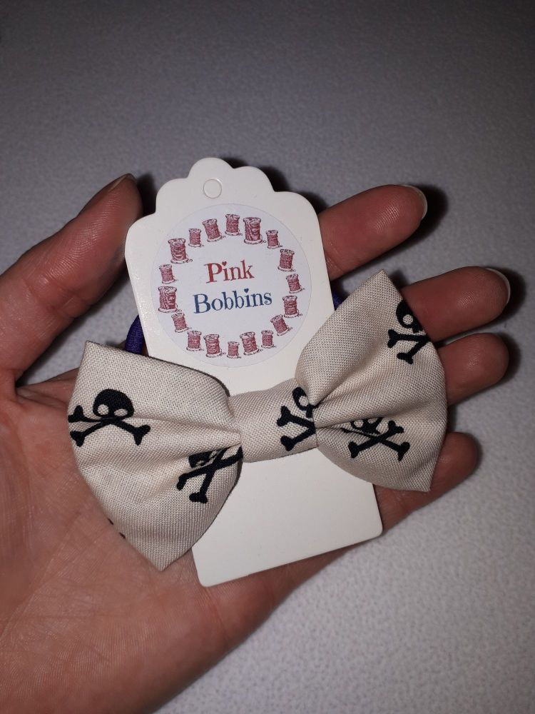 Midi bow bobble - skulls