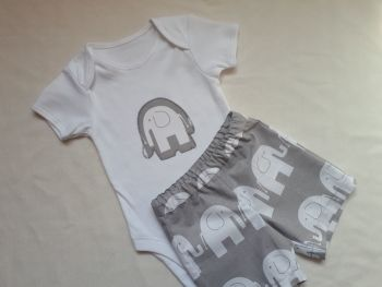Elephant shorts and vest set *LAST ONE - 6-12m - ready to post*