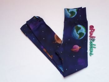 Space leggings with optional bow cuffs