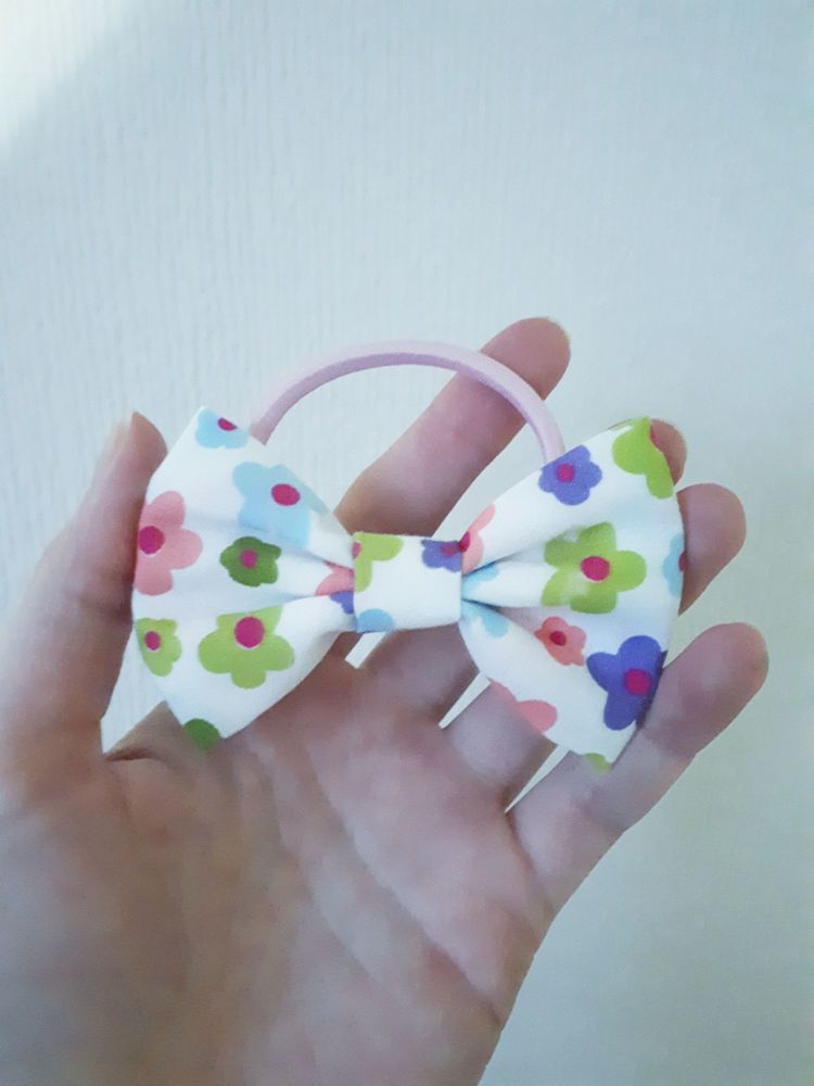 Midi bow bobble - pretty floral