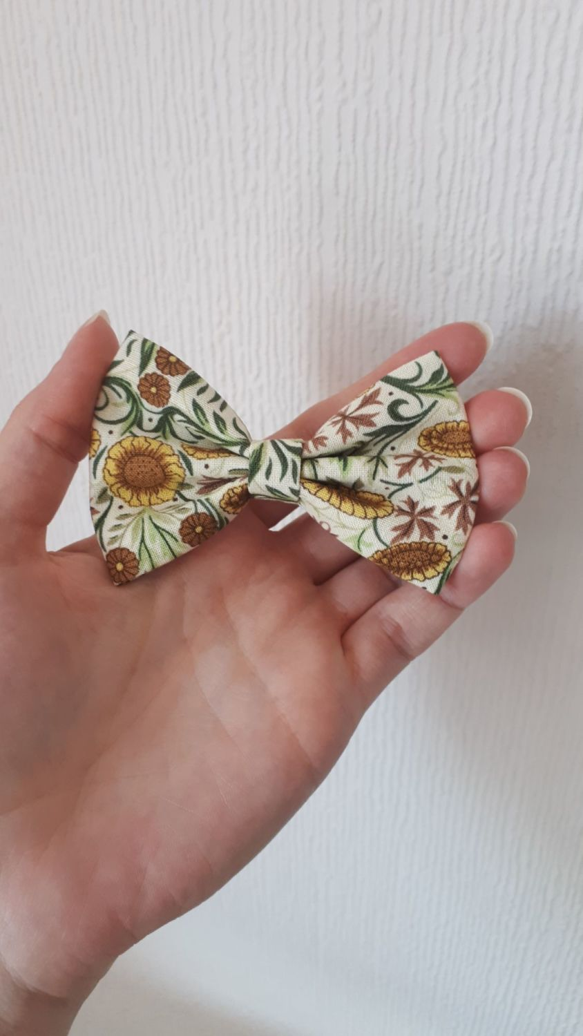 Sunflower hair bow *LAST ONES!*