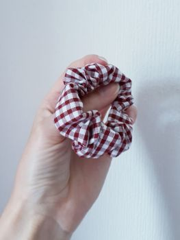 Gingham scrunchie - maroon - made to order
