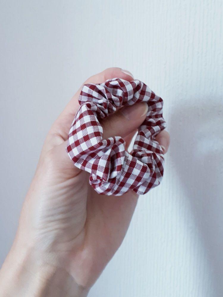 Gingham scrunchie - maroon