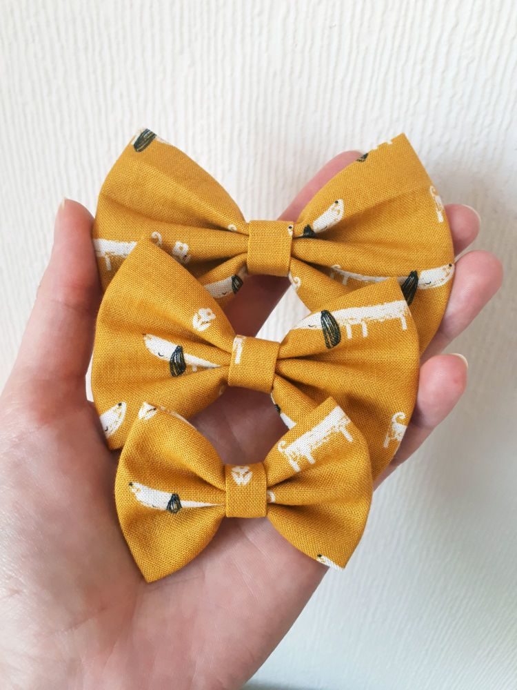 Dachshund (mustard) dog hair bow - mini, midi or large size - made to order