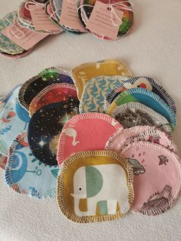 Single reusable make-up remover pad - in stock *NOT QUITE PERFECT*