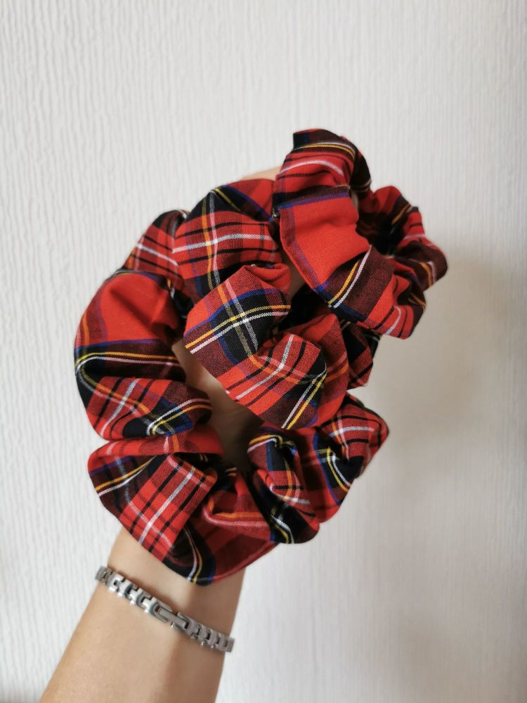 Red tartan scrunchie - in stock