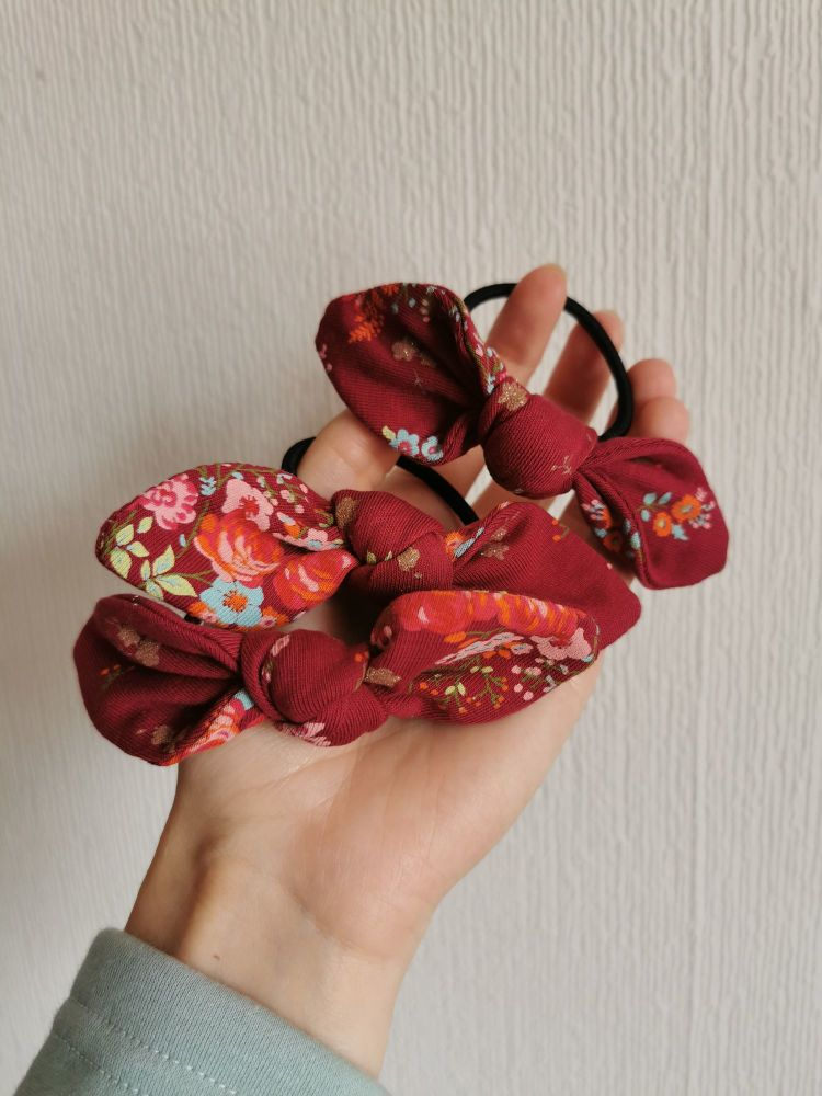 Hair tie - sparkly floral - in stock