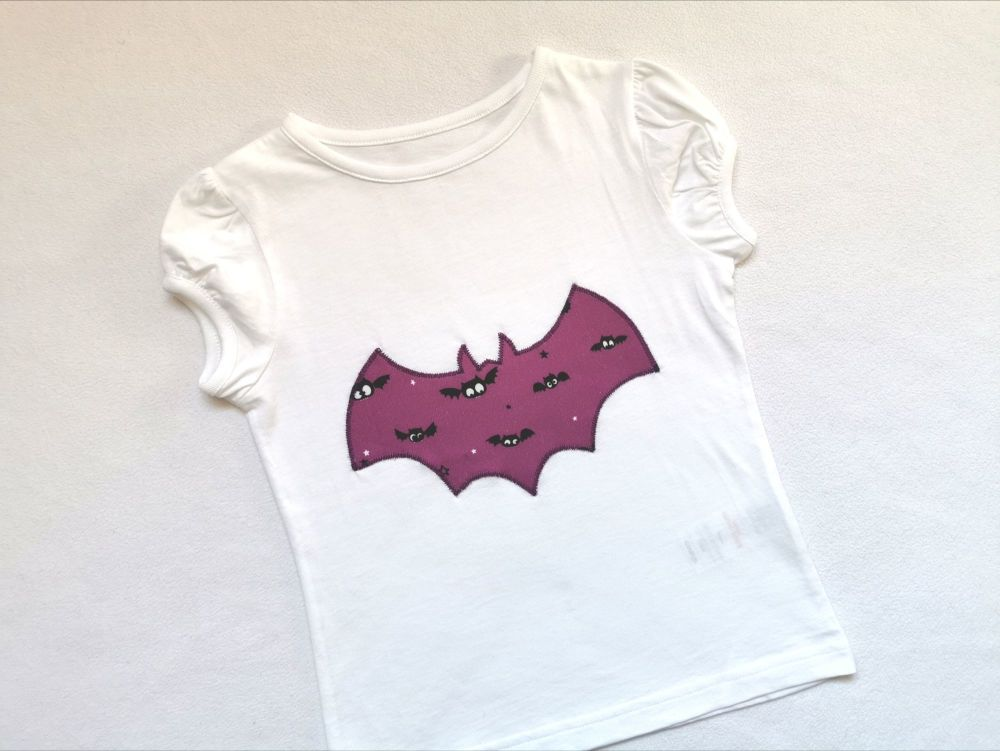 Halloween bat t-shirt - girls cap sleeved top style *LAST ONE* - 3-4 years