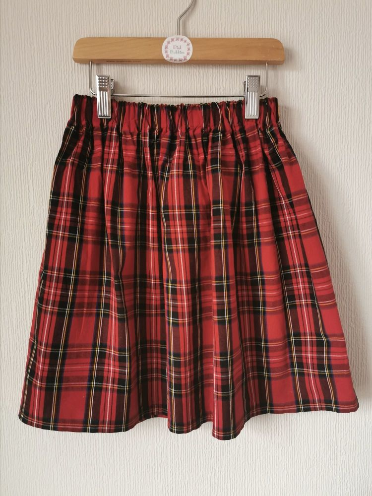 Tartan (red) skirt *NOT QUITE PERFECT, SAVE 50%* 7-8 years- in stock