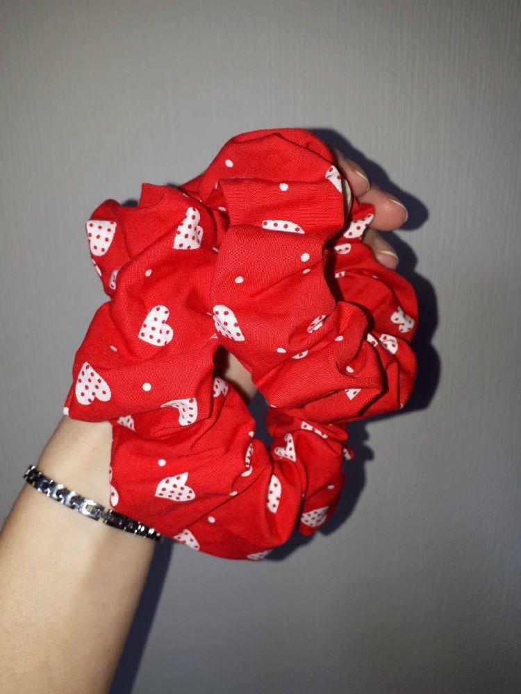 Heart scrunchie - in stock