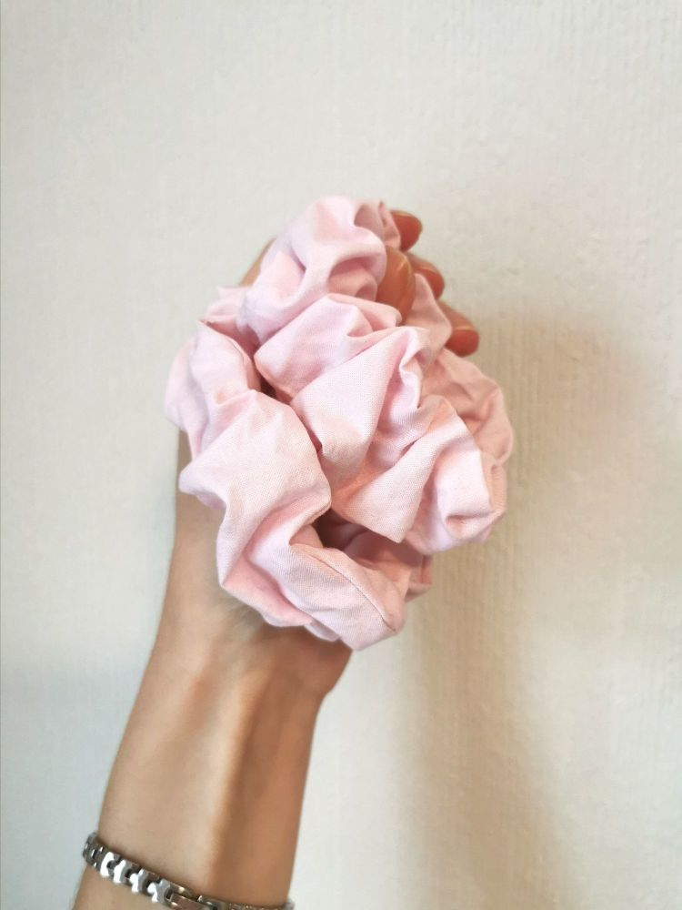 Pink scrunchie - in stock