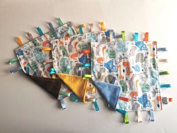 Dinosaur square tag comforter - in stock
