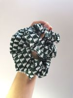 Christmas tree scrunchie - in stock