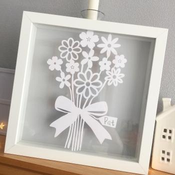 Medium Flower Boquet - Custom Text