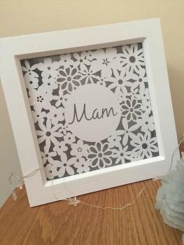 Small Flower Square - Mum/Mam