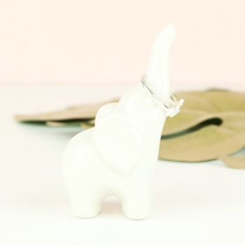 Elephant Ring Stand - White