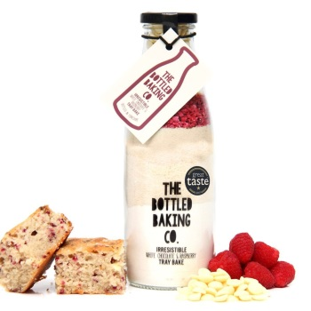 White Chocolate & Raspberry Tray Bake - Bottled Baking Kit